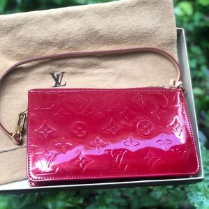 Louis Vuttion Red Vernis Lexington Leather Bag